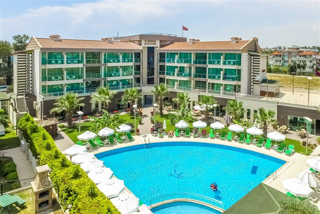 Löwe Hotel