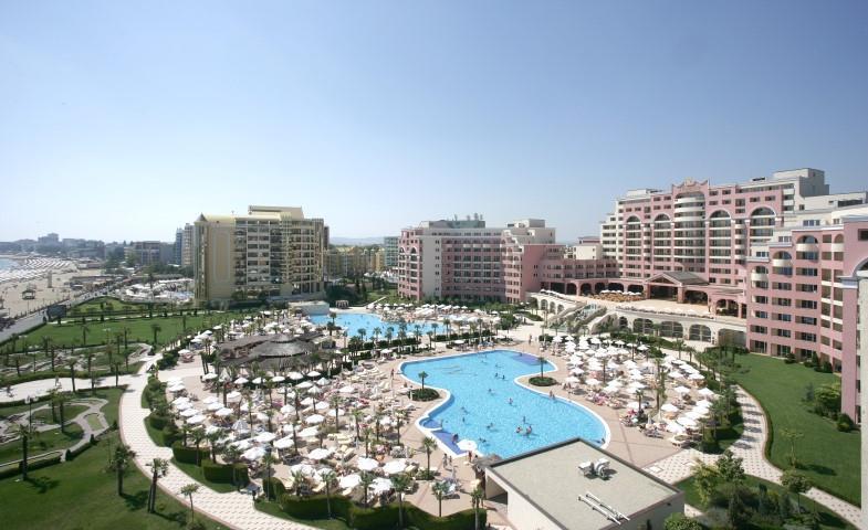 Hotel Dit Majestic Beach